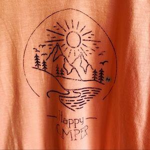 Happy Camper Cotton Top Mountain Scene Graphic M